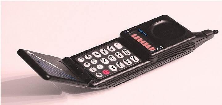 Motorola flip phone microTAC